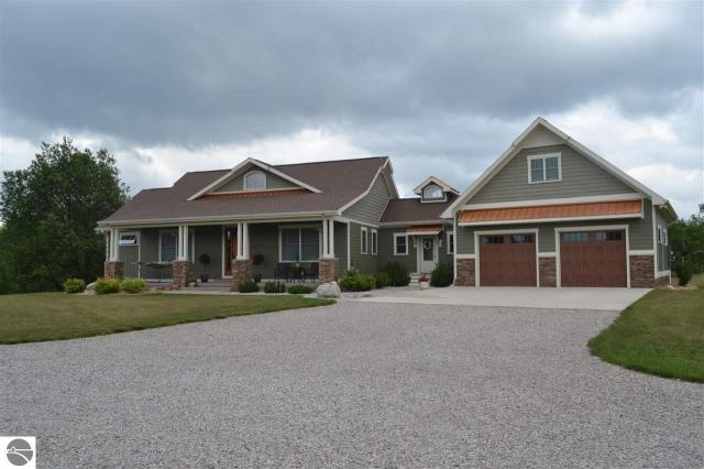 Property for sale at 11007 S Rolling Meadows Drive, Maple City,  MI 49664