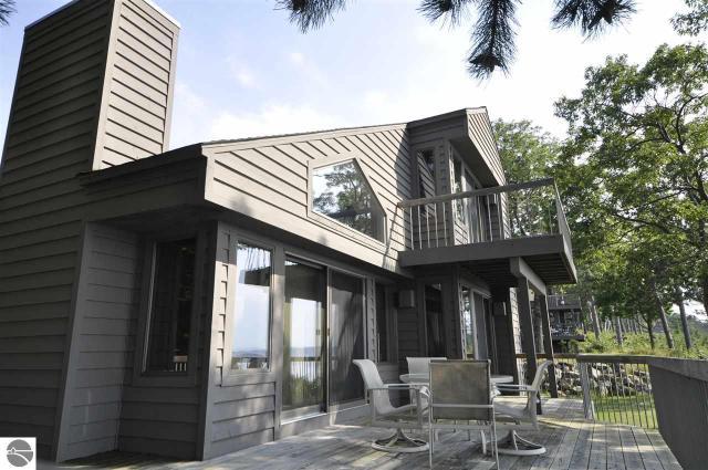 Property for sale at 15 Vantage Pointe, Glen Arbor,  MI 49636