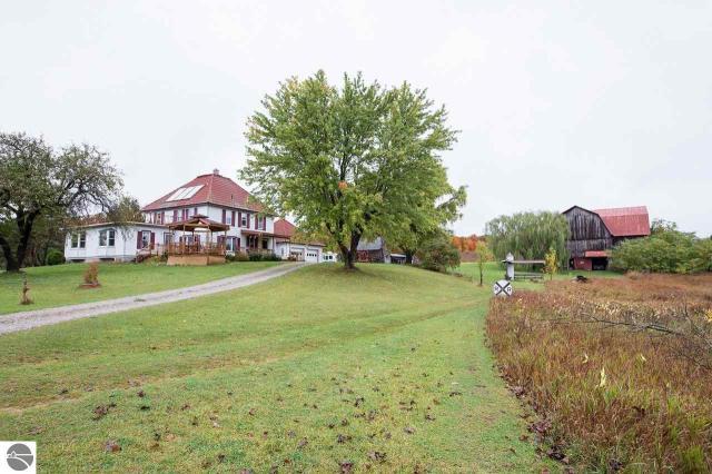Property for sale at 3593 E Bodus Road, Cedar,  MI 49621