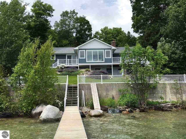 Property for sale at 705 S Nanagosa Trail, Suttons Bay,  MI 49682