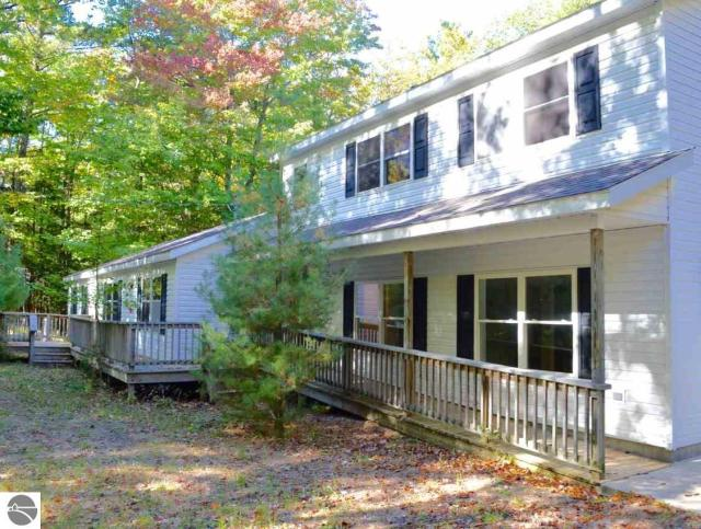 Property for sale at 13057 N Cherrywood Court, Northport,  MI 49670