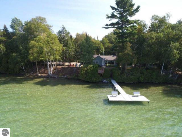 Property for sale at 3249 N Lake Leelanau Drive, Lake Leelanau,  MI 49653