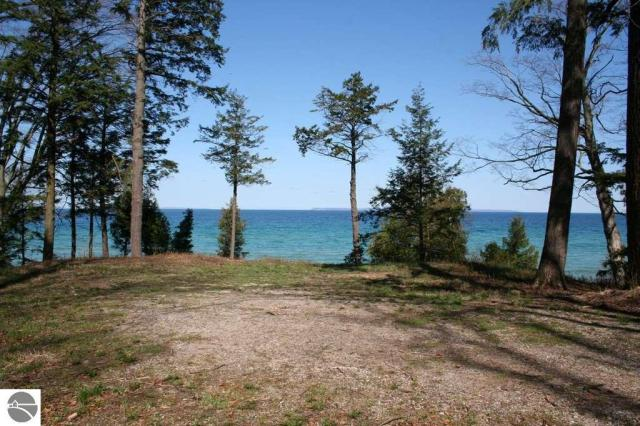 Property for sale at 400 S Manitou Trail, Lake Leelanau,  MI 49653