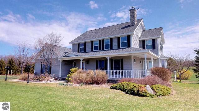 Property for sale at 144 N Highland Drive, Lake Leelanau,  MI 49653