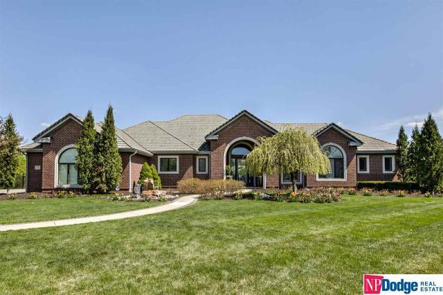 Property for sale at 13211 Nicholas Circle, Omaha,  Nebraska 68154