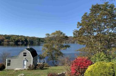 395 Viewmount Drive, St Margaret\'s Bay, NS B3Z 2G4, 5 Bedrooms Bedrooms, ,3 BathroomsBathrooms,Residential,For Sale,395 Viewmount Drive,202001175