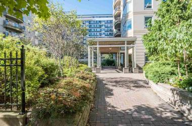 703 1540 Summer Street, Halifax, NS B3H 4R9, 2 Bedrooms Bedrooms, ,3 BathroomsBathrooms,Residential,For Sale,703 1540 Summer Street,202016149