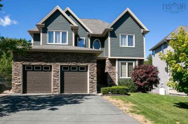 66 Williams Lake Road, Halifax, NS B3P 1T1, 4 Bedrooms Bedrooms, ,4 BathroomsBathrooms,Residential,For Sale,66 Williams Lake Road,202018162