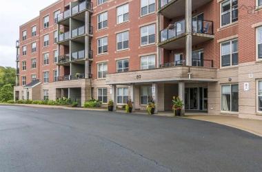 201 89 Pebblecreek Crescent, Dartmouth, NS B2W 0J9, 2 Bedrooms Bedrooms, ,1 BathroomBathrooms,Residential,For Sale,201 89 Pebblecreek Crescent,202019258
