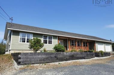 7392 Highway 3, Martins River, NS B0J 2E0, 3 Bedrooms Bedrooms, ,3 BathroomsBathrooms,Residential,For Sale,7392 Highway 3,202019339