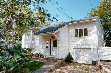 37 Dillon Crescent, Halifax, NS B3M 3Y8, 5 Bedrooms Bedrooms, ,3 BathroomsBathrooms,Residential,For Sale,37 Dillon Crescent,202019355