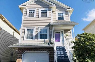 46 Scotch Pine Terrace, Halifax, NS B3S 1E2, 4 Bedrooms Bedrooms, ,4 BathroomsBathrooms,Residential,For Sale,46 Scotch Pine Terrace,202019930