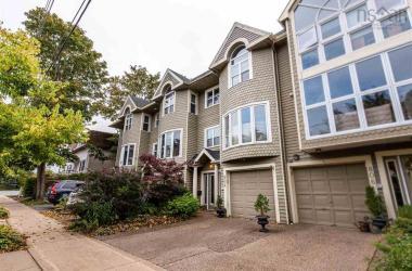 804 MacLean Street, Halifax, NS B3H 2T8, 2 Bedrooms Bedrooms, ,3 BathroomsBathrooms,Residential,For Sale,804 MacLean Street,202021324