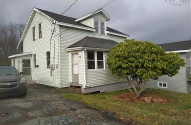 49 Belmont Avenue, Woodside, NS B2W 1E6, 2 Bedrooms Bedrooms, ,2 BathroomsBathrooms,Residential,For Sale,49 Belmont Avenue,202025097