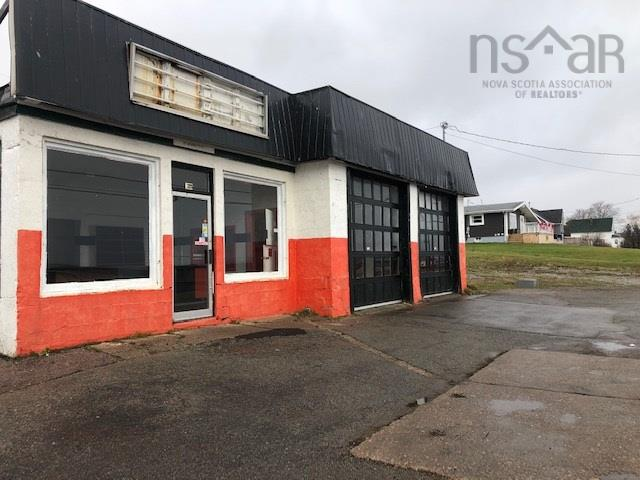 208 SEAVIEW Drive, North Sydney, NS B2A 3N3, ,Commercial,For Sale,208 SEAVIEW Drive,202025544