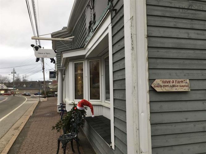 104 575 Main Street, Mahone Bay, NS B0J 2E0, ,Commercial,For Sale,104 575 Main Street,202025848