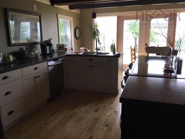 35 Cap La Ronde Road, D'Escousse, NS B0E 1K0, 3 Bedrooms Bedrooms, ,2 BathroomsBathrooms,Residential,For Sale,35 Cap La Ronde Road,202100233