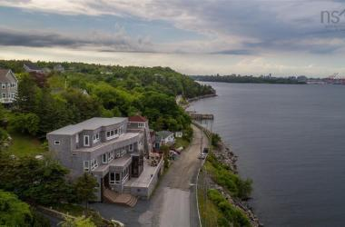 185 Fergusons Cove Road, Halifax, NS B3V 1L7, 4 Bedrooms Bedrooms, ,5 BathroomsBathrooms,Residential,For Sale,185 Fergusons Cove Road,202100307