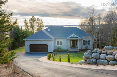 34 Ketch Court, Head Of St. Margarets Bay, NS B3Z 1Z2, 4 Bedrooms Bedrooms, ,3 BathroomsBathrooms,Residential,For Sale,34 Ketch Court,202100311