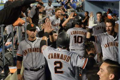 San Francisco Giants see opportunity against Arizona Diamondbacks to close gap San Francisco Giants see opportunity against Arizona Diamondbacks to close gap