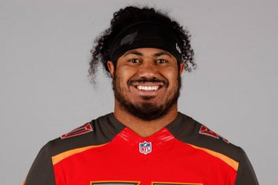 Tampa Bay Buccaneers first-round DT Vita Vea carted off in practice Tampa Bay Buccaneers first round DT Vita Vea carted off in practice