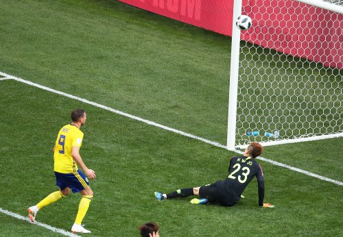 Watch: Berg botches World Cup goal off of South Korean keeper's face Watch: Berg botches World Cup goal off of South Korean keeper's face Swedens Berg misses shot from point blank range off keepers face f