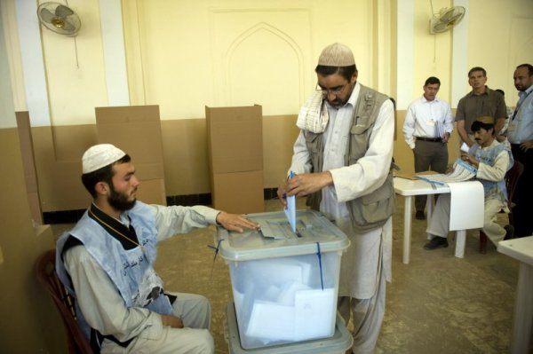 Only 25 percent of Afghans expect April 5 presidential ...
