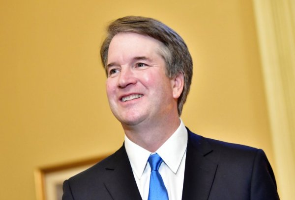 White House withholds 100,000 pages of Brett Kavanaugh's ...