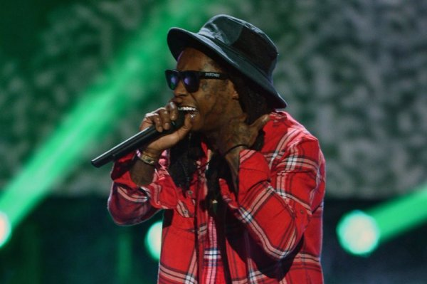 Lil Wayne: Shots reportedly fired at rapper's Miami Beach ...