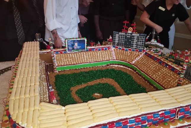 Watch  Cubs loving country club displays gingerbread Wrigley Field     A 400 pound gingerbread Wrigley Field features all edible components   except for the Lego players  Photo by Forest Hills Country Club Facebook