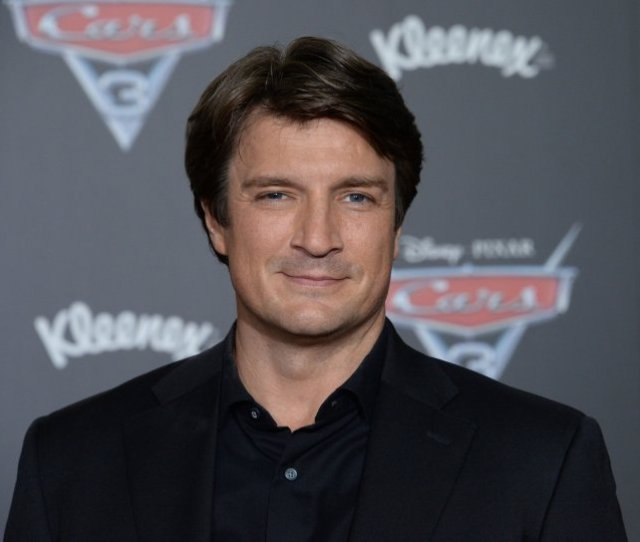 Nathan Fillion To Star In Abc Cop Dramedy The Rookie