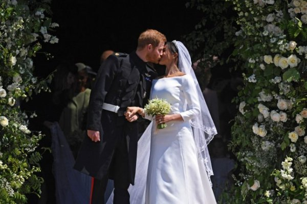 Britain's Prince Harry marries U.S. actress Meghan Markle ...