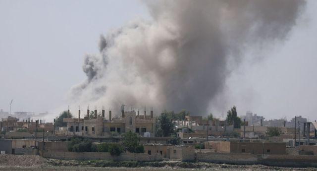Znalezione obrazy dla zapytania koalicja zrzucila bomby na syrie zdjecia