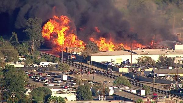 Massive fire erupts at California recycling facility ...