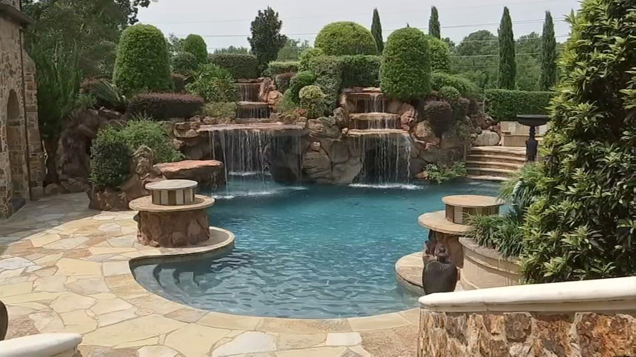 PHOTOS: Check out these amazing staycation backyard ... on Stunning Backyards  id=57732