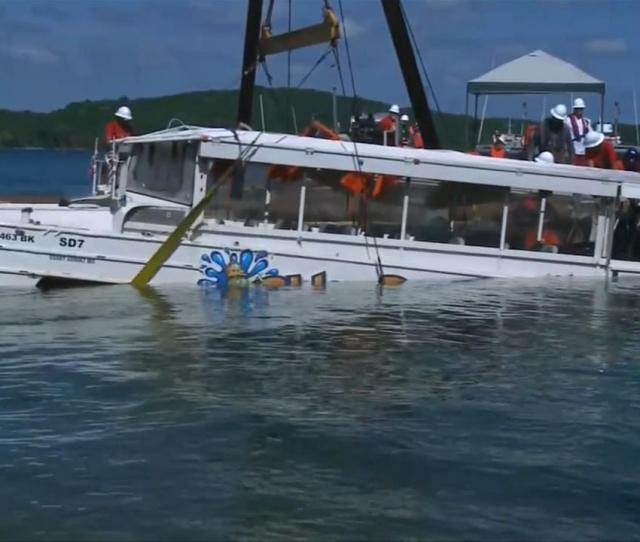 Coast Guard Raises Duck Boat That Sank In Missouri Killing  Abc Com