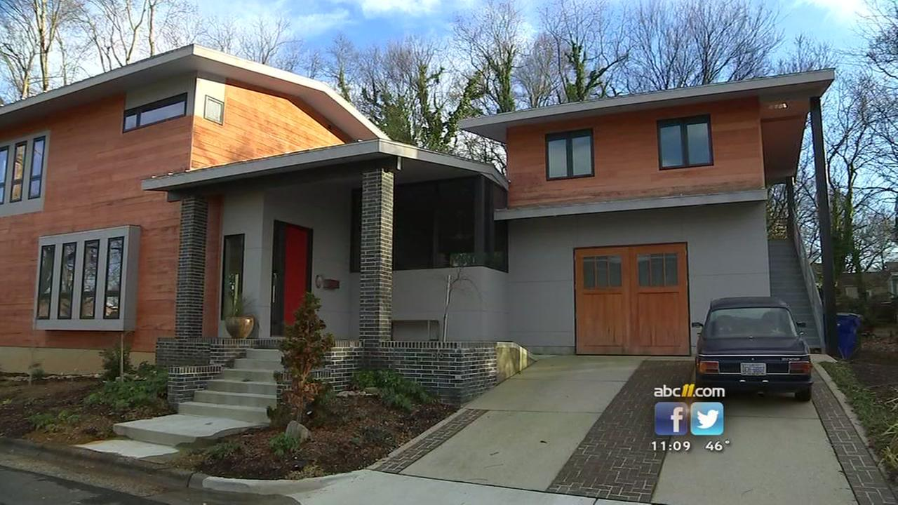 Court says home not too modern for Oakwood neighborhood   abc11 com