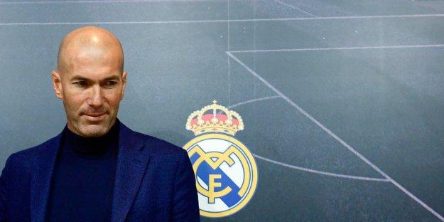 Melatih Madrid Membikin Zidane Menderita