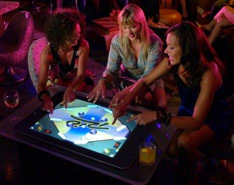 Microsoft Surface at iBar