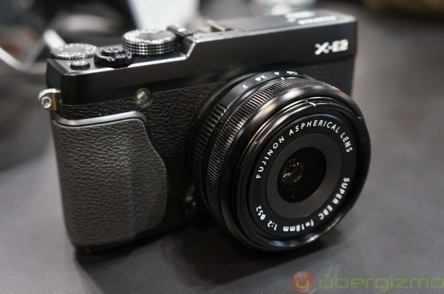 fujifilm-x-e2-hands-on-4