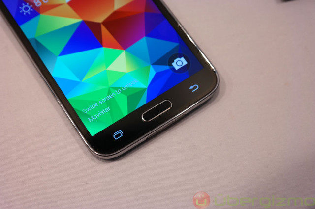 galaxy-s5-preview-mwc2014-35