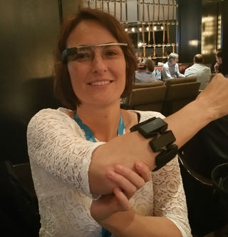 Eliane-google-glass-myo_320