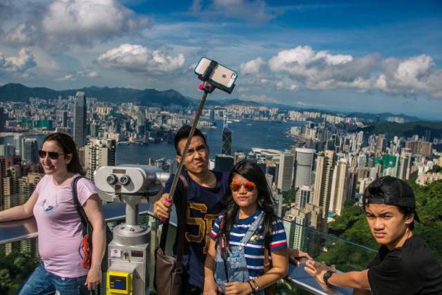 selfie-pole