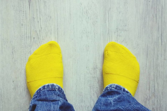 pee socks