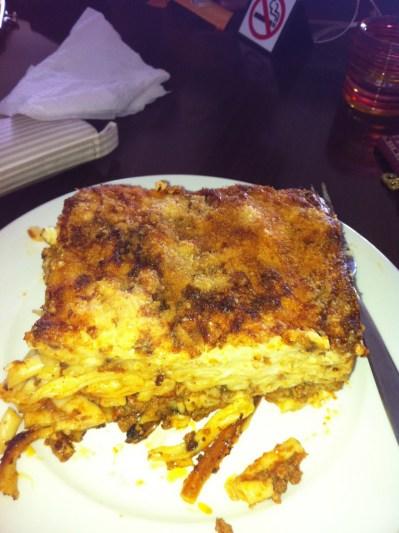 Corfu - Pastichio - Bolo de macarrão com carne e batata