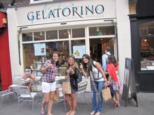 Londres - Covent Garden - Gelatorino, sorvete maravilhoso. Peça para colocar gianduia no meio.