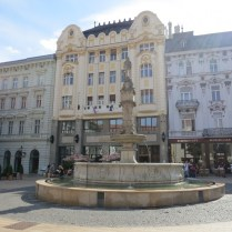 Praça Hlavné Námestie