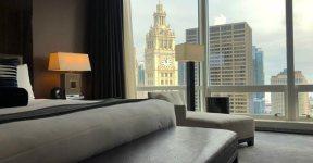 vista do quarto do Trump Tower hotel em Chicago