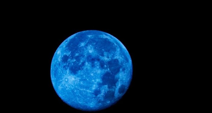 Mavi Ay