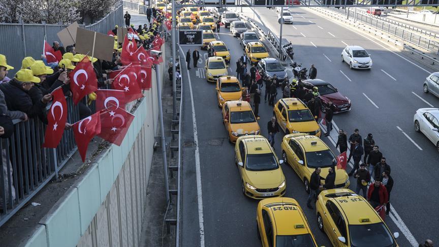Картинки по запросу Uber protest istanbul aksu